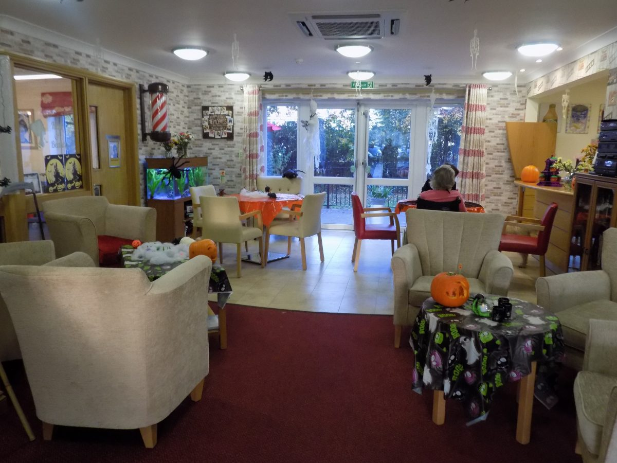 Spooky Tables for Halloween 2016 at Orchid Care Home